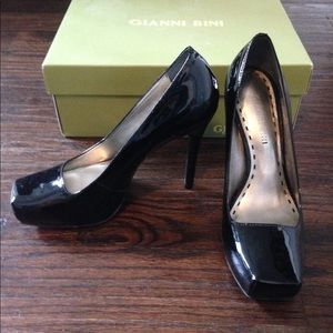 Gianni Bini Black Heels